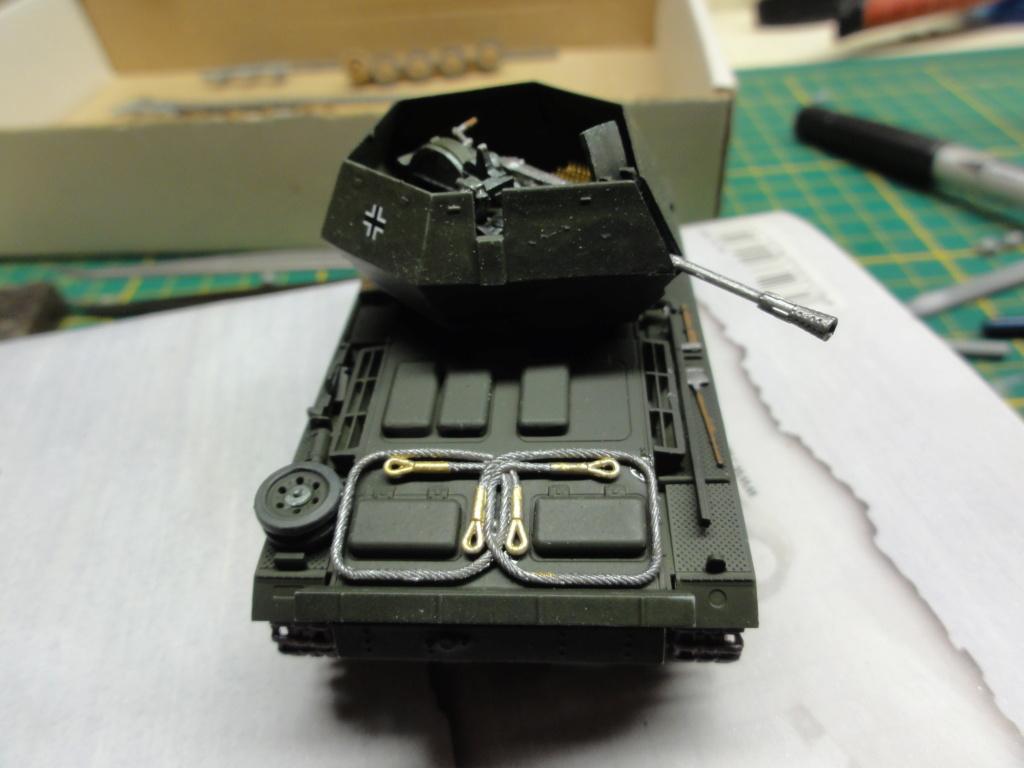 1er diorama avec blindés allemands au 1/72 - Page 2 Dsc00645