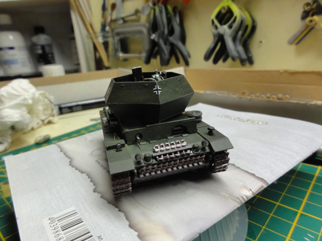 1er diorama avec blindés allemands au 1/72 - Page 2 Dsc00647