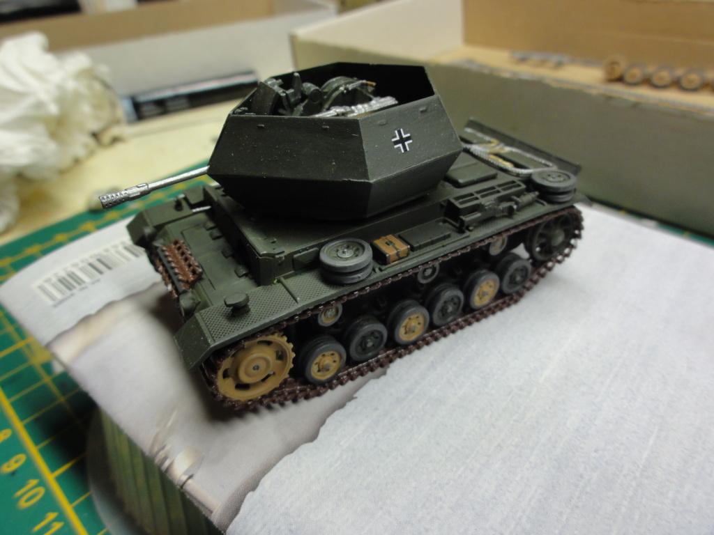 1er diorama avec blindés allemands au 1/72 - Page 2 Dsc00650
