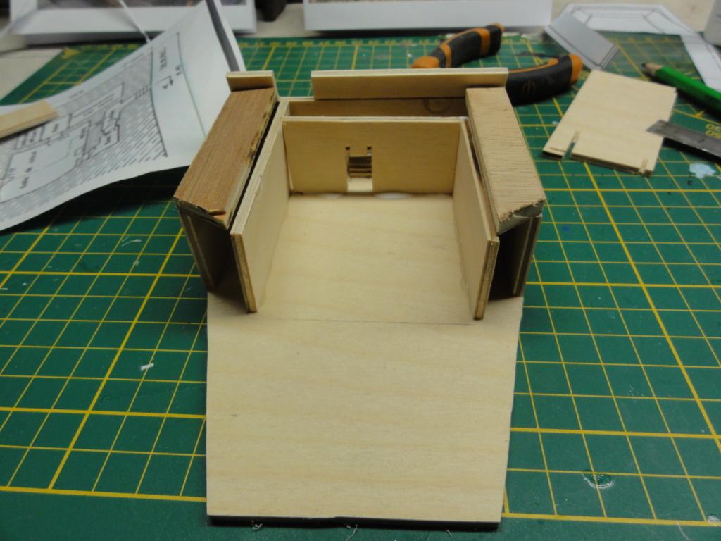 1er diorama avec blindés allemands au 1/72 - Page 4 Dsc00680