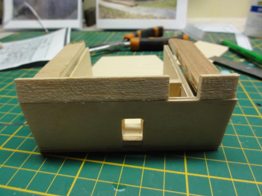 1er diorama avec blindés allemands au 1/72 - Page 4 Dsc00681