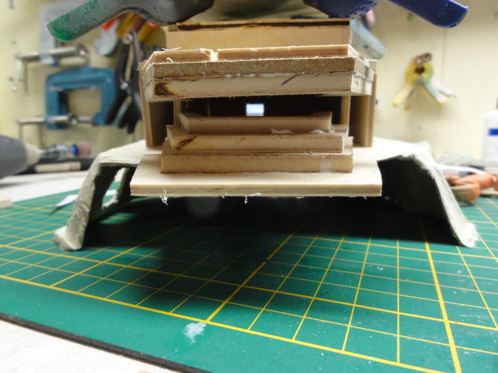 1er diorama avec blindés allemands au 1/72 - Page 4 Dsc00683