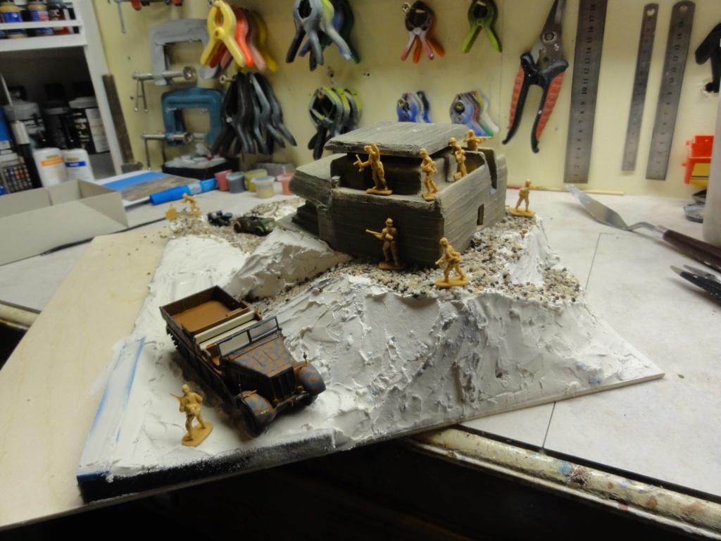 1er diorama avec blindés allemands au 1/72 - Page 6 Dsc00728