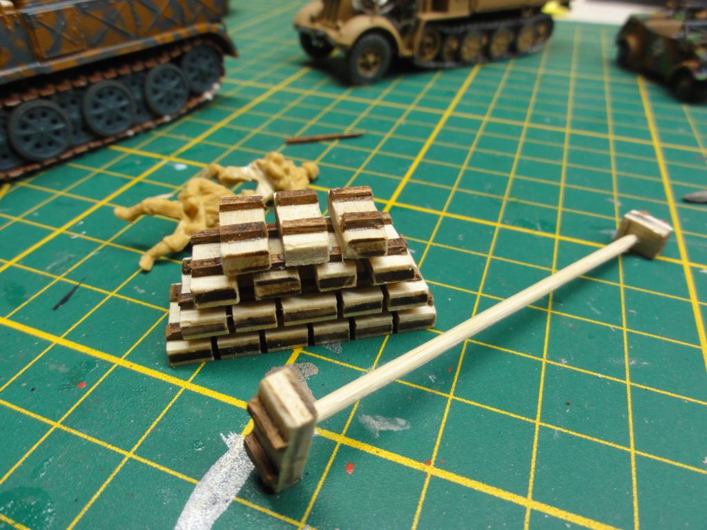 1er diorama avec blindés allemands au 1/72 - Page 7 Dsc00787