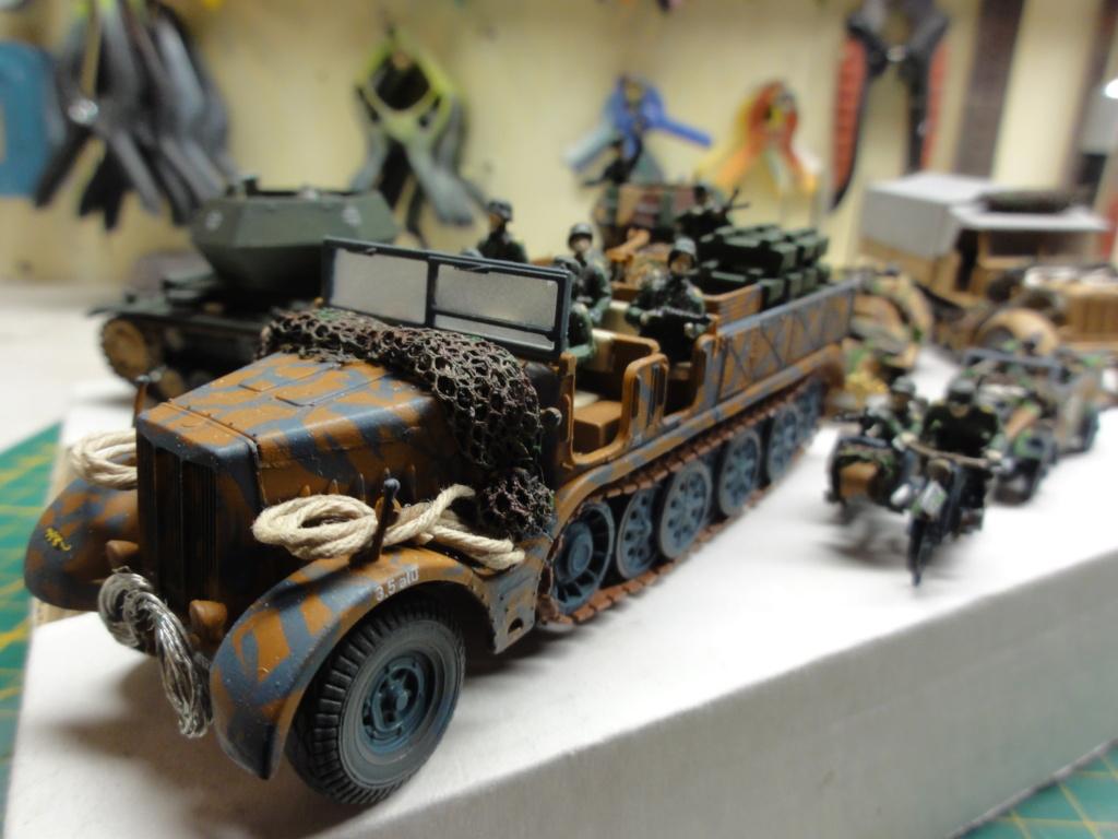 1er diorama avec blindés allemands au 1/72 - Page 7 Dsc00804