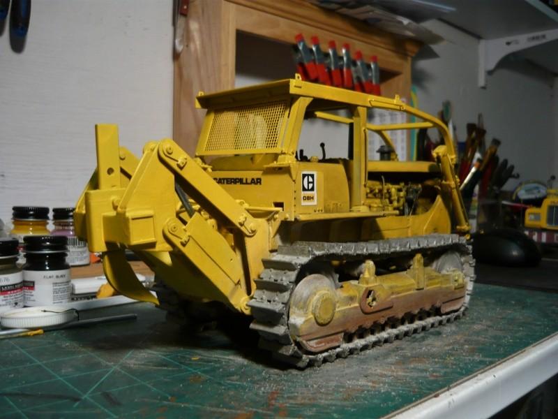Caterpillar D8 remit à jour P1110032