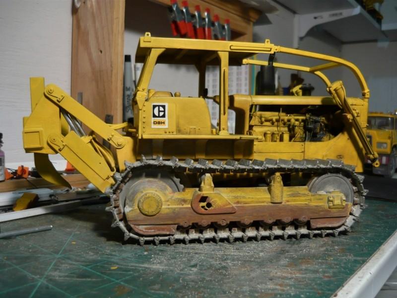 Caterpillar D8 remit à jour P1110033