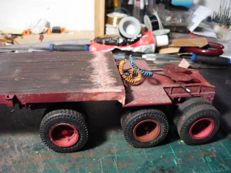 Mack RD 600 1989 avec remorques forestière Deloupe. ( complété ) P1110127