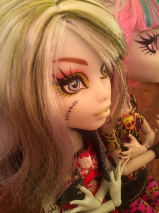Les Dolls Du P'ti Chaton - Page 2 Dsc_0411