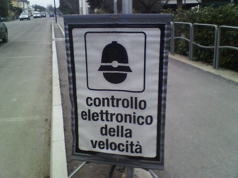 comunicazione di servizio -  foto cartello presegnalazione autovelox illegittimo Img00010