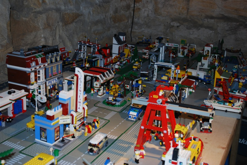 My Lego City - Page 2 13022811