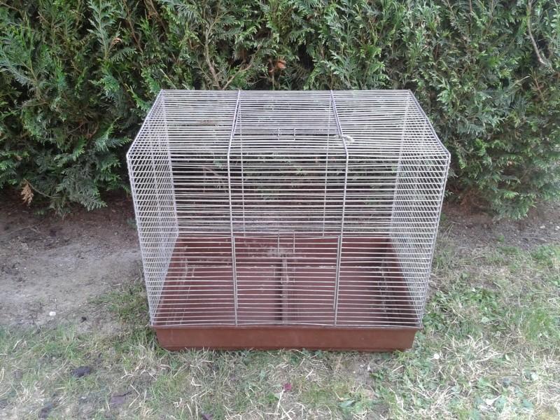Vend grande cage carré 2013-019