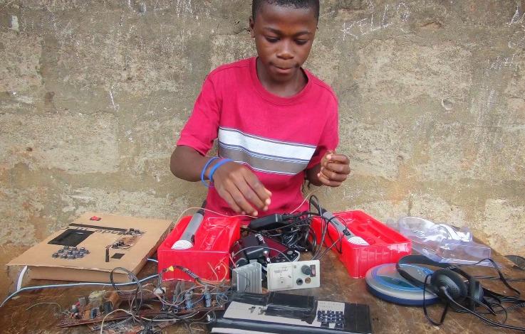 Kelvin, 15 ans, enfant prodige du Sierra Leone invité au MIT 126