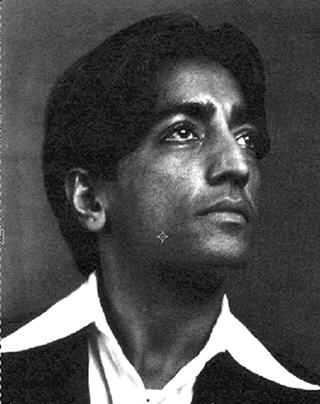 Jiddu Krishnamurti - Page 2 Krishn10