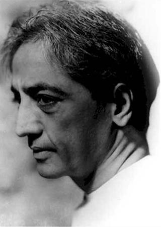 Jiddu Krishnamurti - Page 2 Krishn12