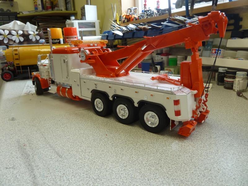peterbilt towing 3 essieux P1060233