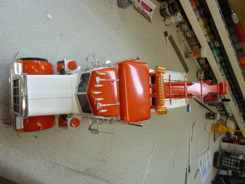 peterbilt towing 3 essieux P1060235