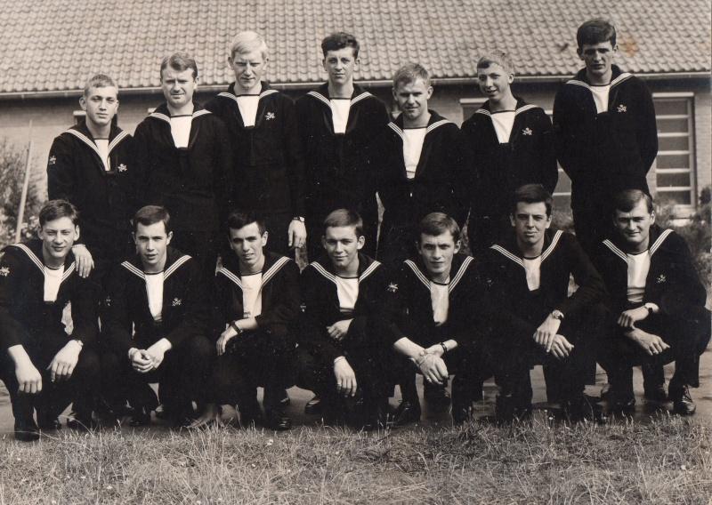 1969 - In de Nautische School Lombardsijde - Radar Operators Img00110