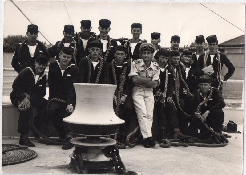 1969 - In de Nautische School Lombardsijde - Radar Operators Img00210