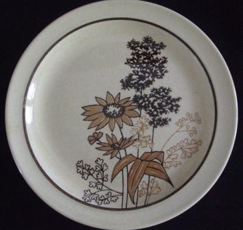 1980's Brown Wildflowers is Bush Fleur on Clover d242 Brown_10