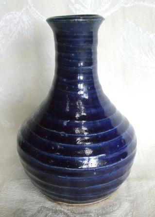 "Blue ""Keri Keri"" Bottle is Betty Coates and Len Coates [Peacock Pottery] Keri_k10"
