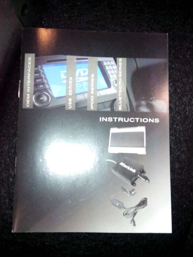 Pas de chargeur CD ni de fiches pour le brancher !!! Img_2012