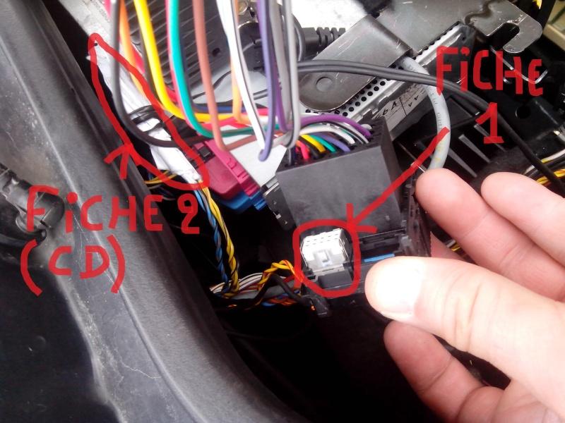 Pas de chargeur CD ni de fiches pour le brancher !!! - Page 5 Img_2026
