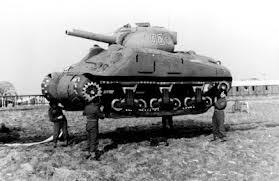 Pauvre Tank lift - Page 2 Tank_l11