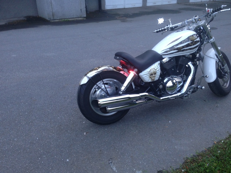 Rear fender, finaly painted and mounted . 1998 suzuki VZ800 Photo_11