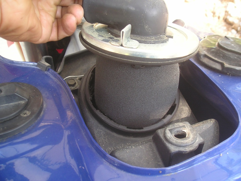 démontage carbus et nettoyage P1010012