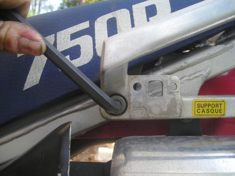 démontage carbus et nettoyage P1010013