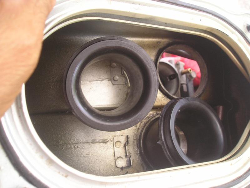 démontage carbus et nettoyage P1010025