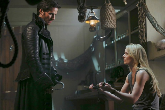 Saison 3  de Once Upon a Time : news et spoilers !! - Page 3 Hook3014