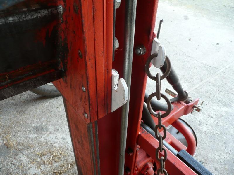 bras de levage sur fendeuse verticale P1000716