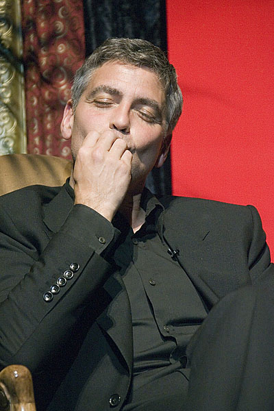 George Clooney George Clooney George Clooney! - Page 20 G111