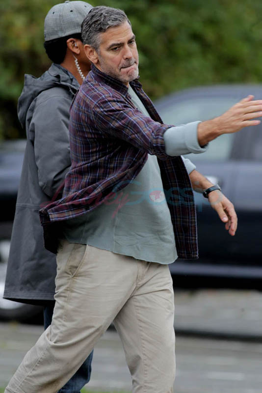 George Clooney on set of Tomorrowland Gg212