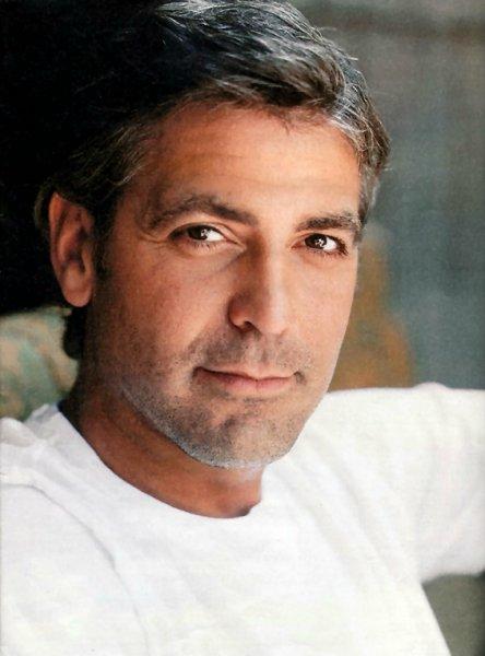 George Clooney George Clooney George Clooney! - Page 18 Ggg10