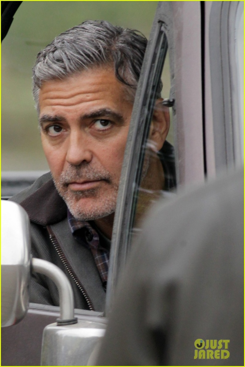 George Clooney on set of Tomorrowland Ggg12