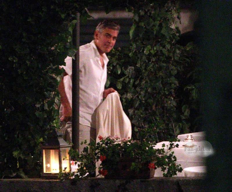 George Clooney at Dinner 8/18/13 in Lake Como Test1210