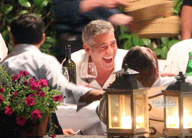 George Clooney at Dinner 8/18/13 in Lake Como Test210