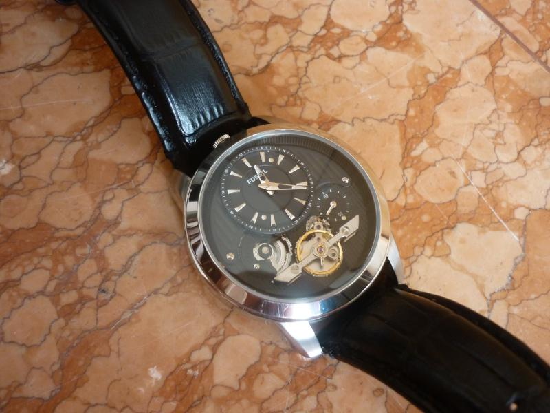 Nouveau venu, à la recherche d'une montre (sans blague) P1140015