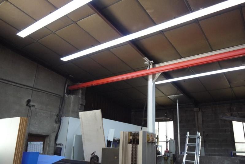 rènovation d'une partie de l'atelier avant l'arrivée d'une fraiseuse cnc P1010525