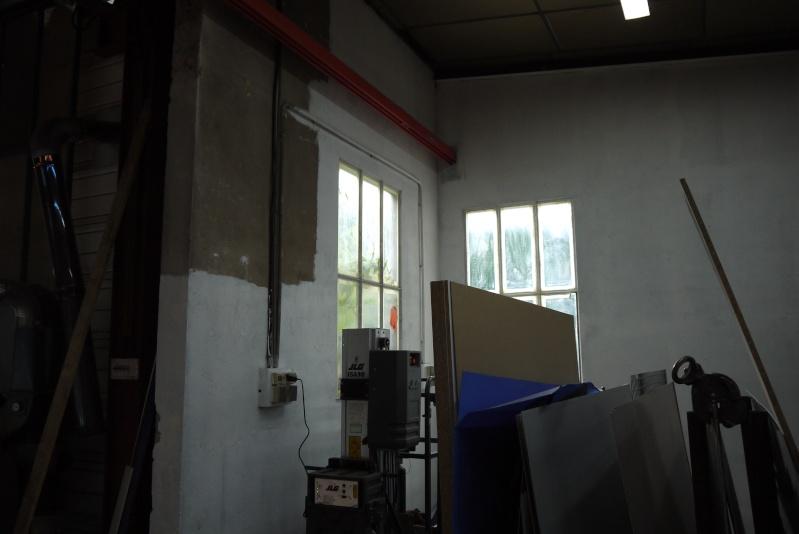 rènovation d'une partie de l'atelier avant l'arrivée d'une fraiseuse cnc P1010548