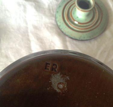 Who is ER Erstam10