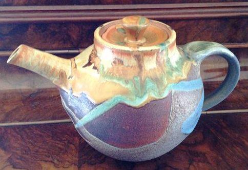 Teapot with a Mark Teapot13