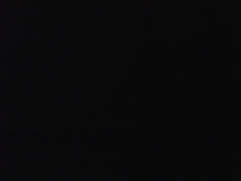 2013: le 22/06 à 22h45 - Boules lumineuses en file indienne - arinthod - Jura (dép.39) - Page 2 Bizare44
