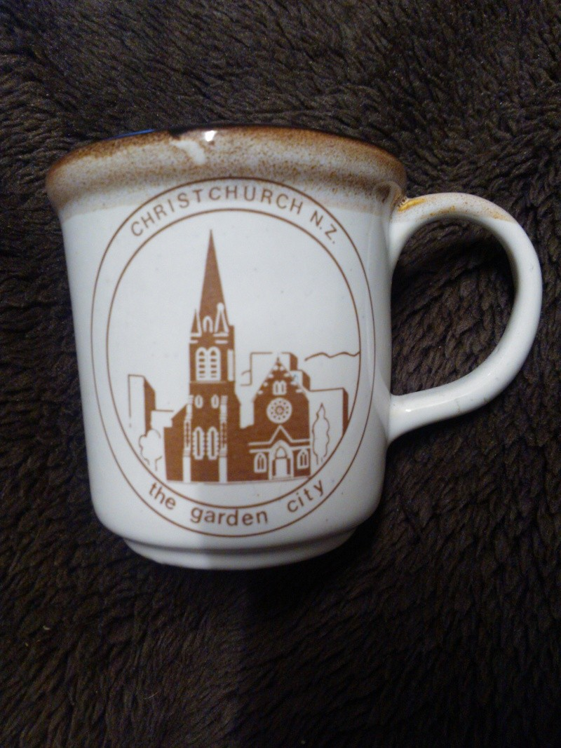 POTBANK G.A. Jones Temuka CHRISTCHURCH N.Z MUG  Wp_00023