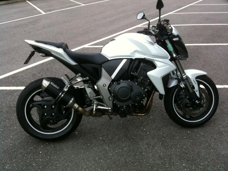 CB1000R ABS blanche 9300km cornets full 7500€ Img_1310