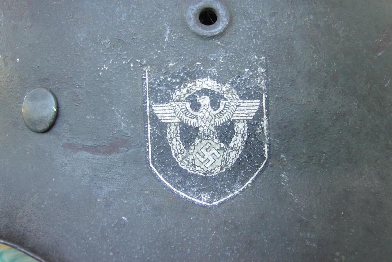 M42 Polizeï (complet) - 2 insignes Dsc04812