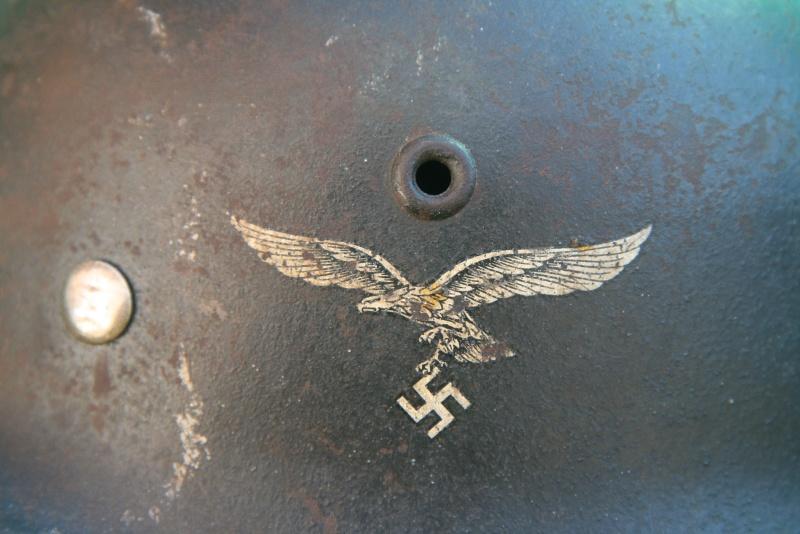 M40 Luftwaffe (complet) - 1 insigne Img_0610